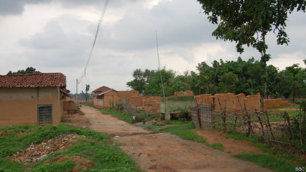 छत्तीसगढ़, कोसमपाली-सारसमाल गाँव, कोयला खदान