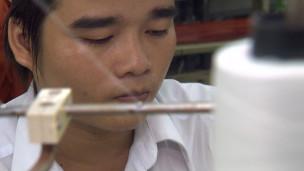 Công nhân ngành dệt may tại Việt Nam