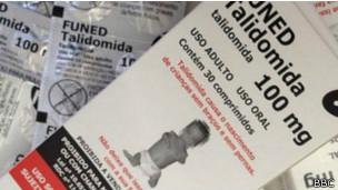 Embalagem de talidomida   Foto: BBC
