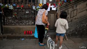Homenaje a víctimas del descarrilamiento en Galicia