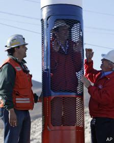 Golborne Piñera mineros