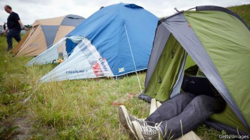 кемпинг, сон в палатках, сон на природе