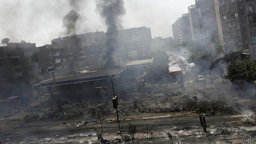 Calles desoladas en El Cairo