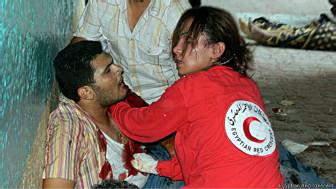 Membro da Cruz Vermelha atuando | Foto: divulgação