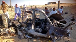 السلطات المصرية تمشط سيناء بحثا عن قتلة الشرطة الـ25 130819071723_304x171