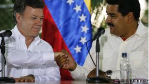 Santos y Maduro se dan la mano