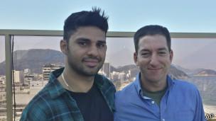 David Miranda (izq.) y Glenn Greenwald