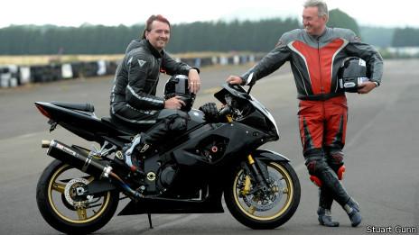 Stuart Gunn y su padre Geoff