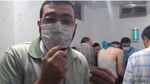 Сирийский врач объясняет симптомы пациентов