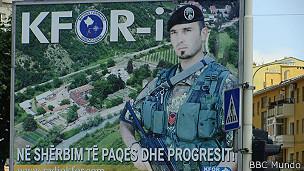 Aviso de KFOR en Kosovo