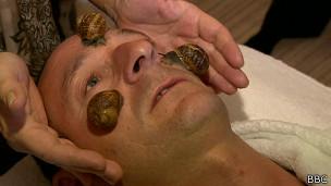 tratamento facial com caramujo | Foto: BBC