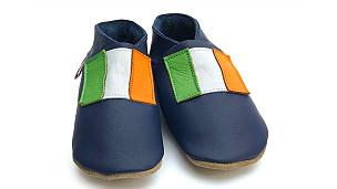 आयरलैंड के राष्ट्रीय झंडे वाले जूते.