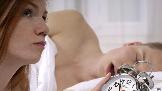 Mujer con problemas de sueño