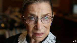 Член Верховного суда США Рут Гинзбург