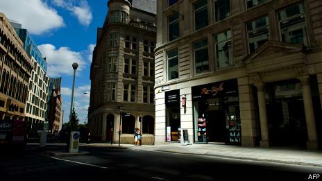 Punto de luz reflejada por el edificio Wlakie-Talkie