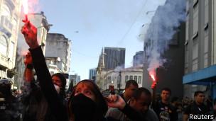 Protesto no Rio | Foto: Reuters