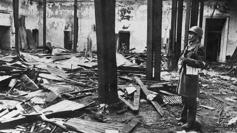 Palacio de La Moneda destruido