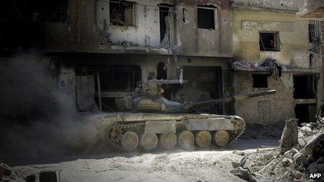 Comissão da ONU relata crimes de guerra na Síria e diz não ver solução militar