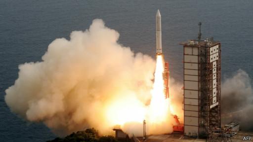 日本发射火箭