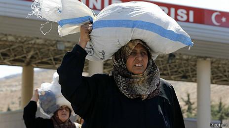 refugiados sirios entran a Turquía