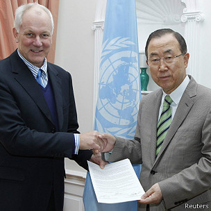 Ban Ki moon y Ake Sellstrom