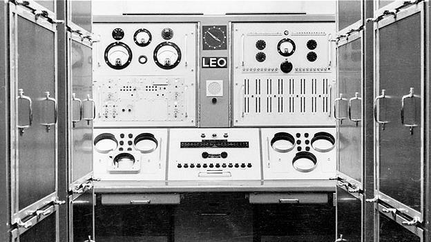 LEO, primera computadora británica para negocios