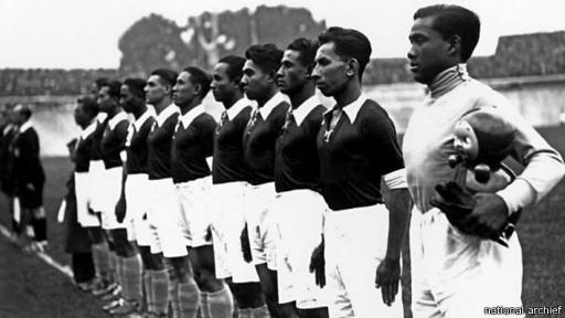 Tim Hindia Belanda saat berlaga pada Piala Dunia 1938.