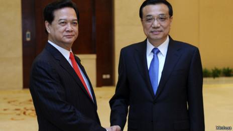 Thủ tướng VN Nguyễn Tấn Dũng và Thủ tướng TQ Lý Khắc Cường tại hội chợ TQ-Asean ở Nam Ninh