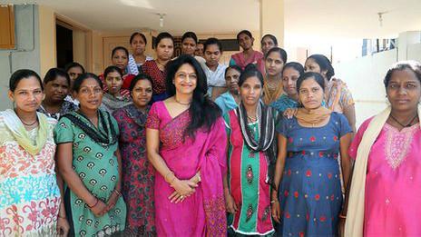 La doctora Patel en la clínica de fertilización in vitro