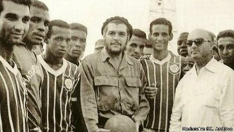 Madureira con el Che en 1963