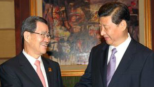 Xi Jinping y Vincent Siew