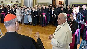 Tarcisio Bertone y el Papa