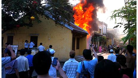 Vụ nổ ở Phú Thọ