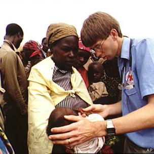 Волонтер Красного Креста в Руанде (1999)