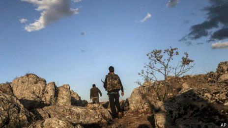 Combatentes na Sìria. Foto: AP