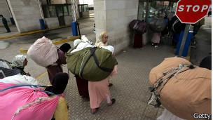 Mujeres mula en Melilla, norte de África