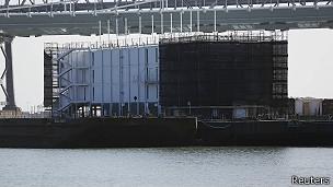 Google y la 'barcaza misteriosa' en San Francisco
