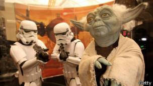 Yoda y los Stormtroopers