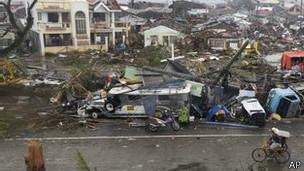 Tifón Haiyán