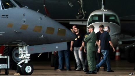 Ex-ministro José Dirceu é transferido para penitenciária (foto: AFP)