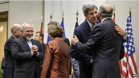Autoridades do Ocidente e do Irã após acordo (foto: AFP)