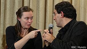 Juan Gabriel Vásquez y Anne McLean