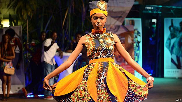 Показ мод в Конго