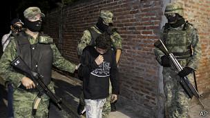 El Ponchis, niño sicario de México