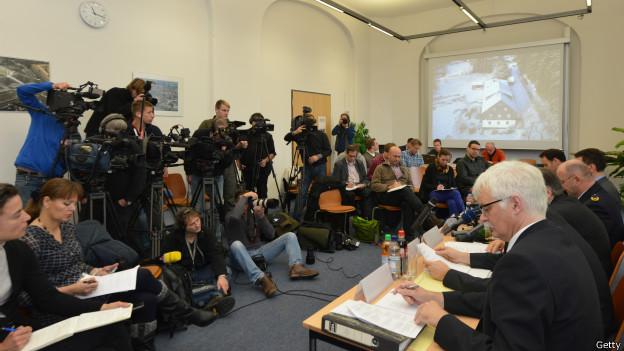 Coletiva de imprensa da polícia de Dresden | Crédito: Getty
