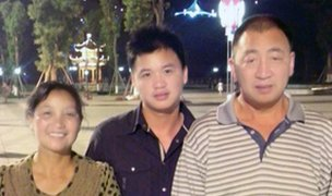 Luo y su familia biológica
