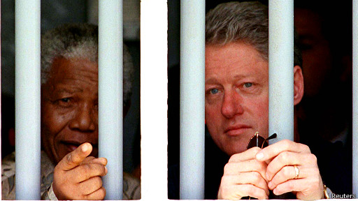 Nelson Mandela dan Bill Clinton