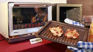 Pollo preparado en horno microondas