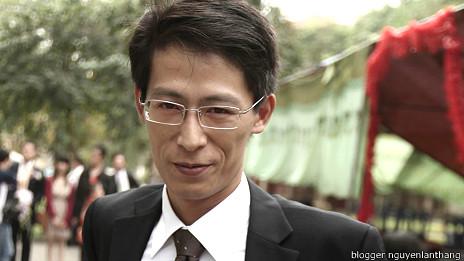 Blogger Nguyễn Lân Thắng