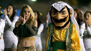 La mascota Arab de la escuela de secundaria del Valle de Coachella
